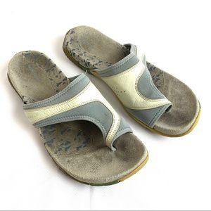 Merrell Size 10 GENOA TAUPE SANDALS/FLIP FLOPS